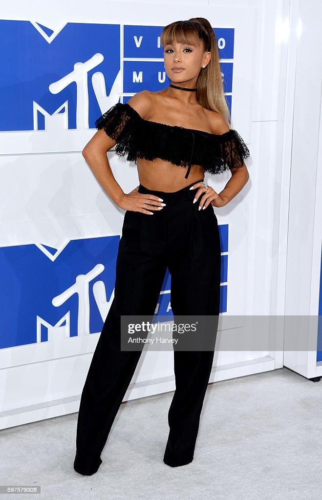 Ariana Grande attends the 2016 MTV Video Music Awards at Madison Square Garden on August 28, 2016 in New York City.