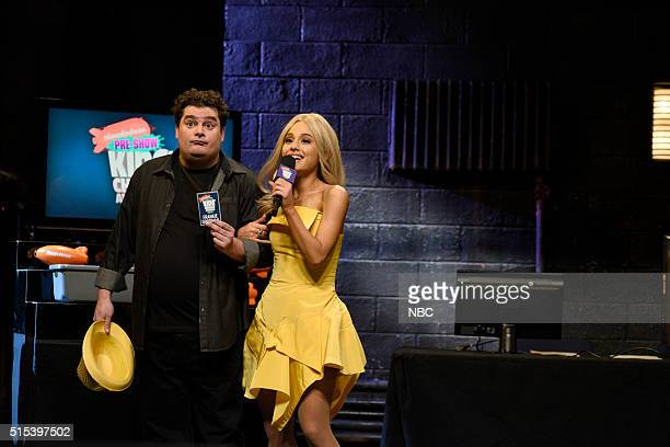 LIVE 'Ariana Grande' Episode 1698 Pictured Bobby Moynihan as Frankie Goodman and Ariana Grande as Brynlee Dobbs during the 'Kids' Choice Awards'...