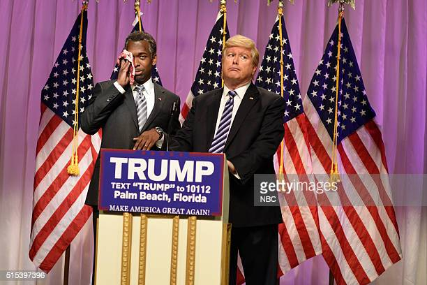 LIVE 'Ariana Grande' Episode 1698 Pictured Jay Pharoah as Doctor Ben Carson and Darrell Hammond as Donald Trump during the 'Carson Endorsement Cold...