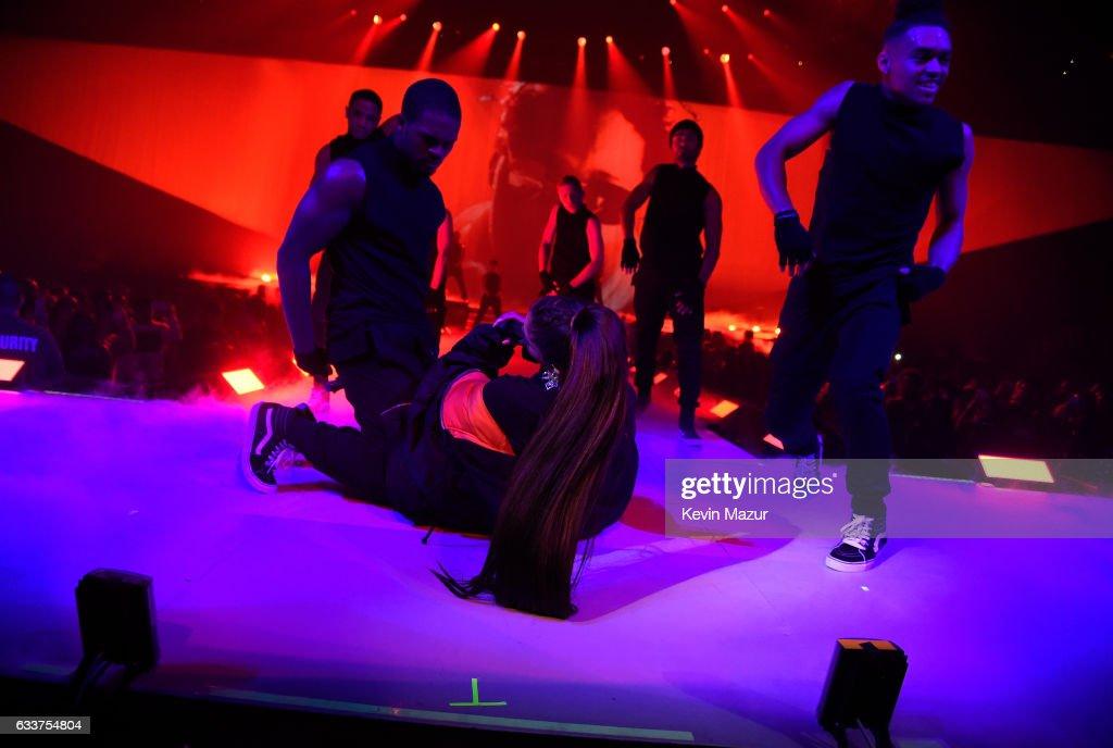 "Ariana Grande ""Dangerous Woman"" Tour Opener - Phoenix : News Photo"