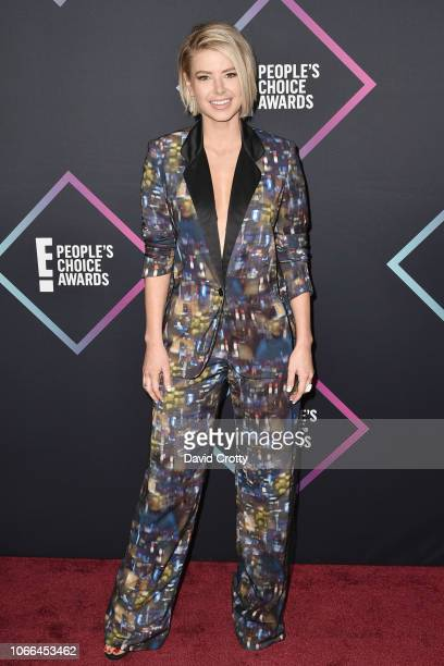 Ariana Madix arrives at E People's Choice Awards at Barker Hangar on November 11 2018 in Santa Monica California