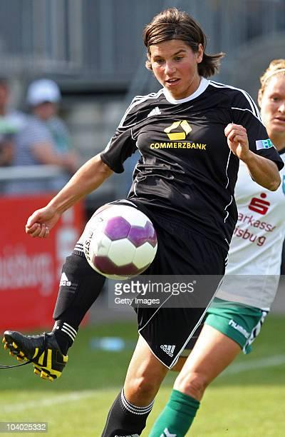 Ariane Hingst of Frankfurt controls the ball during the Women's bundesliga match between FCR Duisburg and FFC Frankfurt at the PCCStadium on...