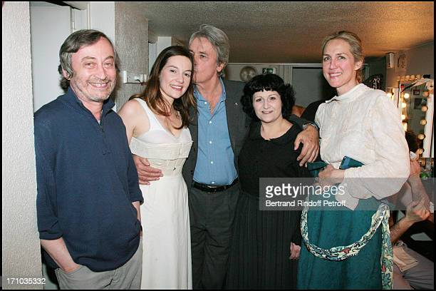 """Ariane Zantain, Alain Delon, Anne Bourgeois and Laurence Fabre - Last representation of the play """"The Seagull"""" by Anton Tchekov at the """"14"""" theater."""