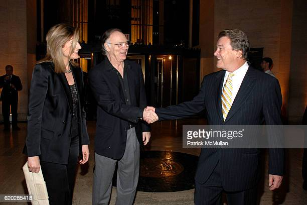 Arianna Huffington guest and Steve Kroft attend VANITY FAIR Tribeca Film Festival Party hosted by GRAYDON CARTER ROBERT DE NIRO and RONALD PERELMAN...