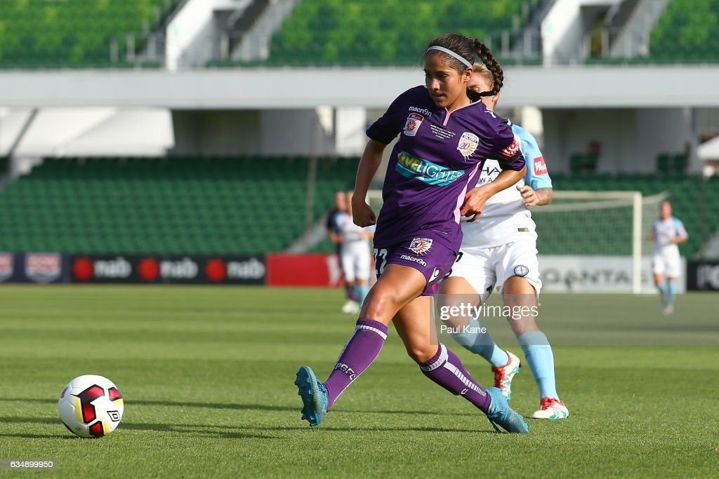 Arianna Romero of the Perth Glory passes the ball during the 2017 W-League Grand Final match between the Perth Glory and Melbourne City FC at nib Stadium on February 12, 2017 in Perth, Australia.