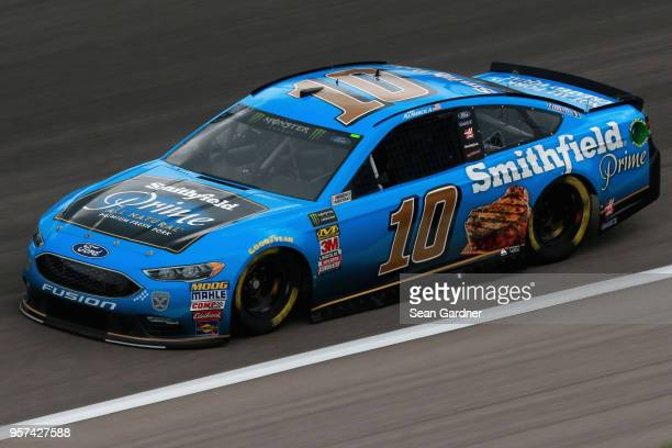 Aric Almirola driver of the Smithfield Prime Ford drives during practice for the Monster Energy NASCAR Cup Series KC Masterpiece 400 at Kansas...