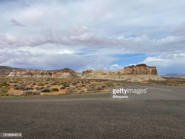 arid view from the highway 89 from utah to arizona - fitopardo stock pictures, royalty-free photos & images