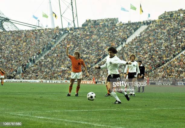Arie Haan Gerd Mueller and Rainer Bonhof in a match scene In the background referee John Taylor Germany won the World Championship Final against the...