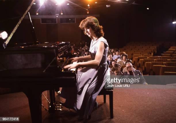 Ariel Besse sur le tournage du film 'Beaupère' réalisé par Bertrand Blier en 1981 France