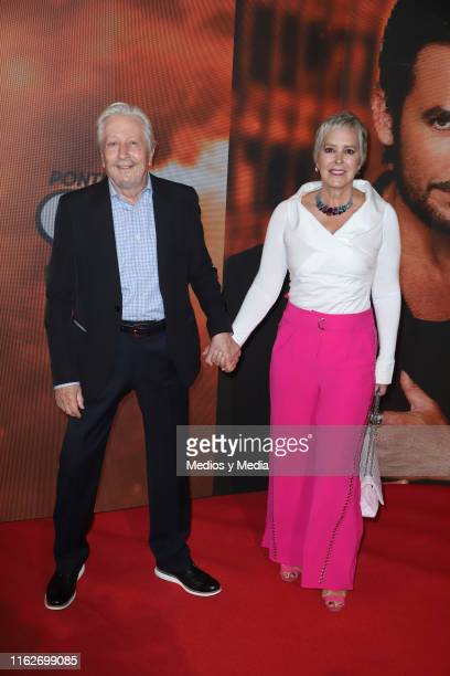 Ariel Bianco and Margarita Gralia poses for photos on the red carpet for the 'Jesucristo Superestrella' premiere at Centro Cultural 1 on July 17 2019...