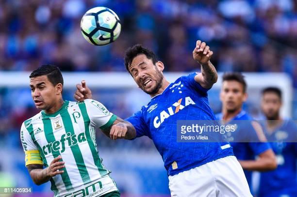 Ariel Cabral of Cruzeiro and Dudu of Palmeiras battle for the ball during a match between Cruzeiro and Palmeiras as part of Brasileirao Series A 2017...