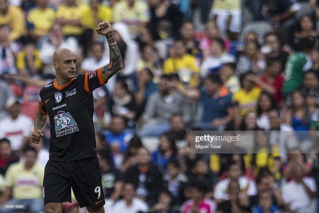 America v Pachuca - Apertura 2014 Liga MX