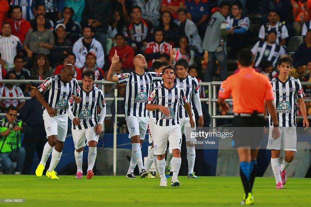 Pachuca v Chivas - Apertura 2014 Liga MX