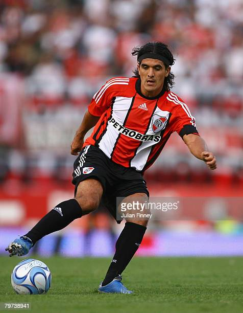 Ariel Ortega of River Plate controls the ball during the Primera Division closing season match between River Plate and Gimnasia de Jujuy at the...