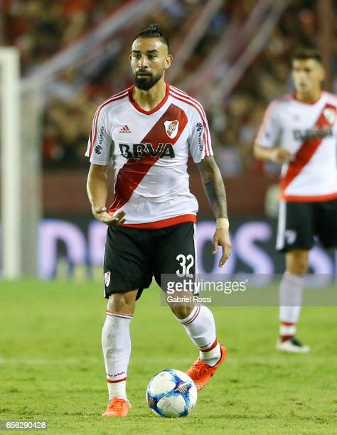 Ariel Rojas of River Plate drives the ball during a match between Lanus and River Plate as part of Torneo Primera Division 2016/17 at Ciudad de Lanus...