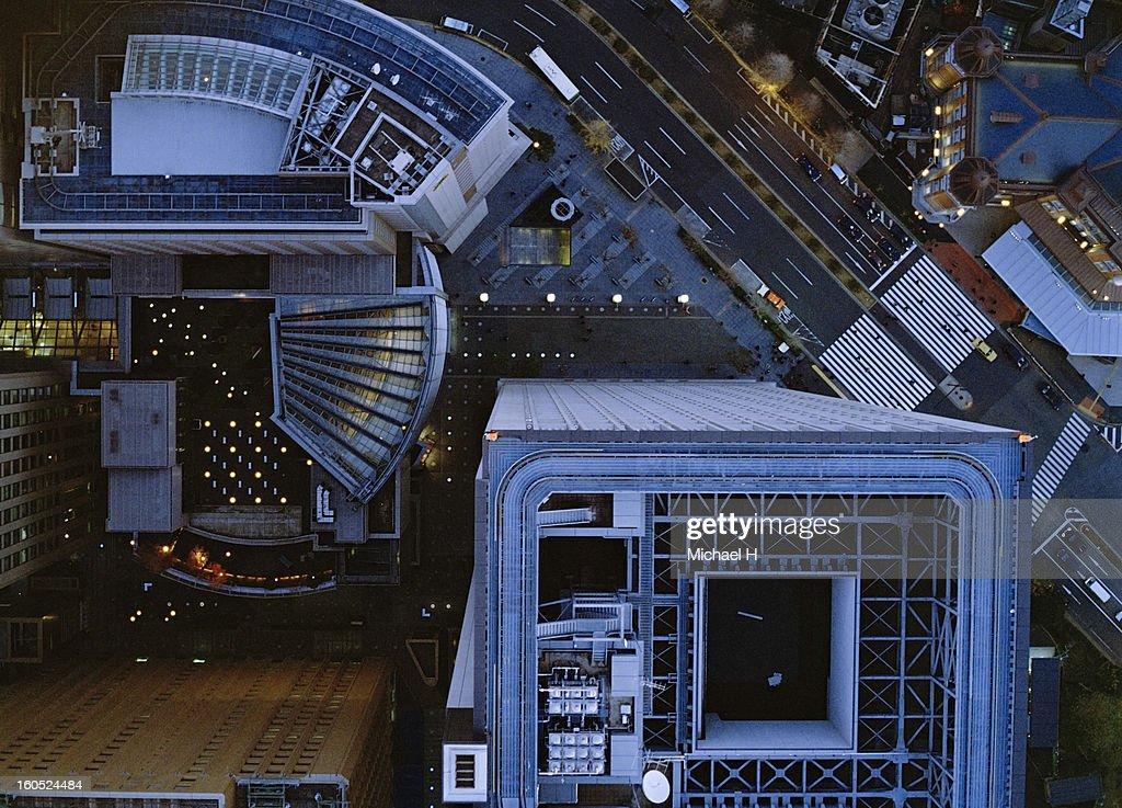 Ariel view of Marunouchi, Tokyo at night. : Bildbanksbilder