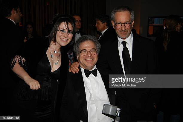 Ariella Perlman Itzhak Perlman and Stephen Spielberg attend Vanity Fair Oscar Party at Morton's Restaurant on March 5 2006