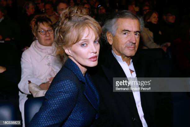 Arielle Dombasle and BernardHenri Levy attend 'Opera En Plein Air' Gala with 'La flute enchantee' by Mozart play at Hotel Des Invalides on September...