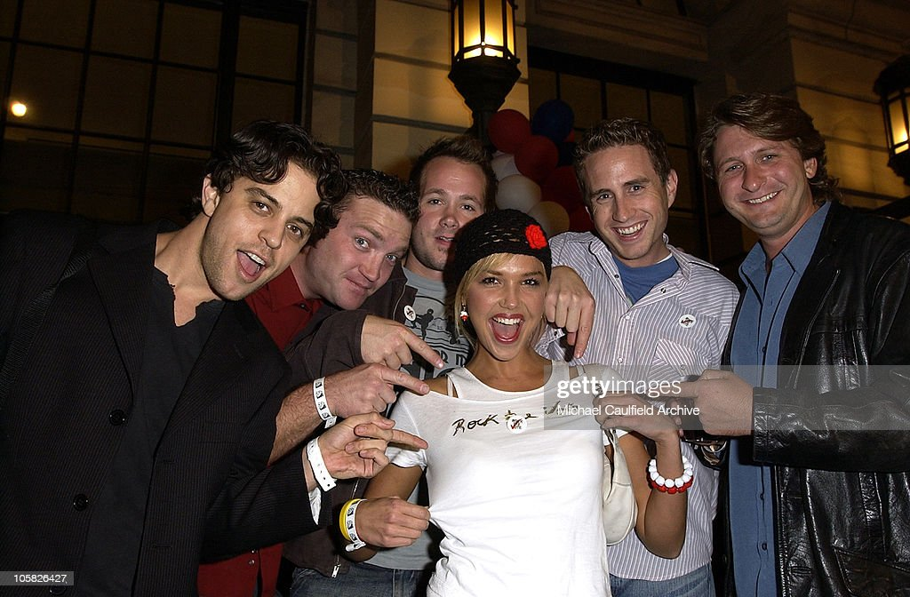 Arielle Kebbel (center) and the cast of 'Saints and Soldiers': Alex Niver, Larry Bagby, Corbin Allred, Kirby Heyborne and Peter Holden