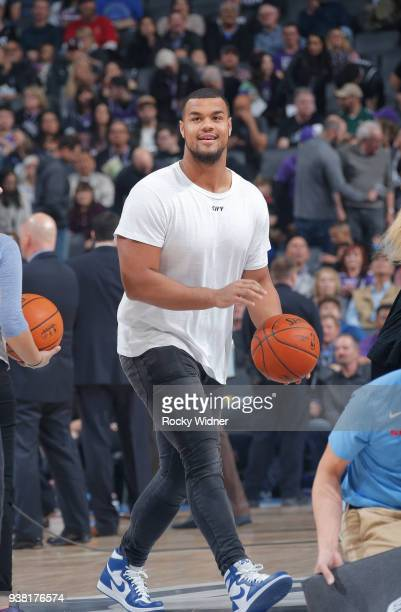 Arik Armstead of the San Francisco 49ers attemps a shot prior to the game between the Detroit Pistons and Sacramento Kings on March 19 2018 at Golden...