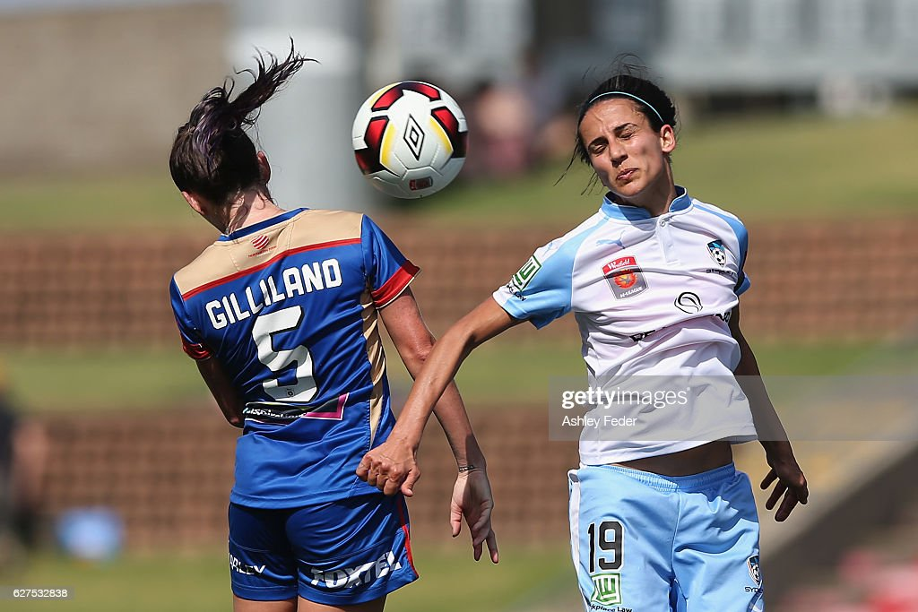 W-League Rd 5 - Newcastle v Sydney : News Photo