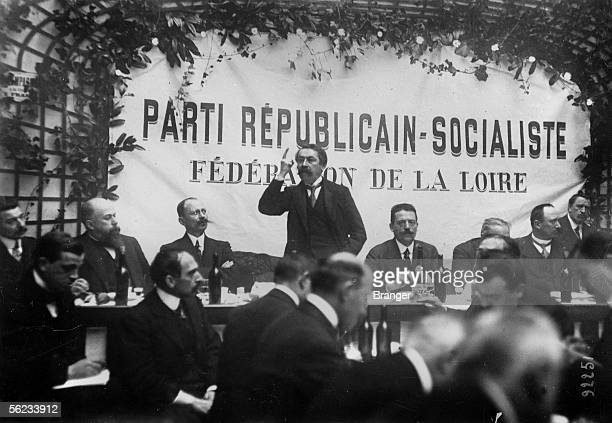 Aristide Briand pronouncing a speech in front of members of the Loire Federation of Republican and Socialist party. Saint-Etienne , December 22, 1913.