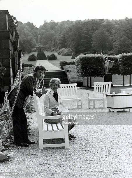 circa 1970 The Duchess of Devonshire pictured at her Chatsworth House Derbyshire home with interior designer David Mlinaric with whom she has...