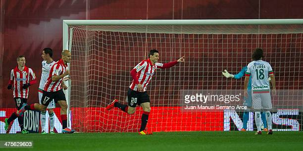 Aritz Aduriz of Athletic Club Bilbao celebrates after scoring during the La Liga match between Athletic Club Bilbao and Granada CF at San Mames...