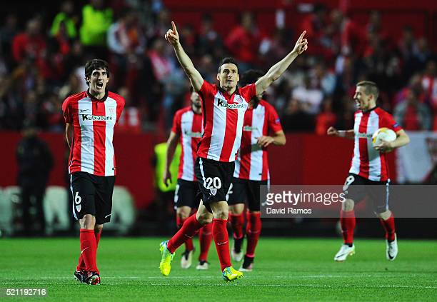 Aritz Aduriz of Athletic Club Bilbao celebrates scoring his team's opening goal during the UEFA Europa League quarter final second leg match between...