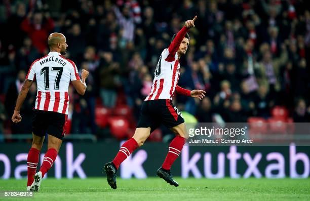 Aritz Aduriz of Athletic Club celebrates after scoring goal during the La Liga match between Athletic Club Bilbao and Villarreal CF at San Mames...