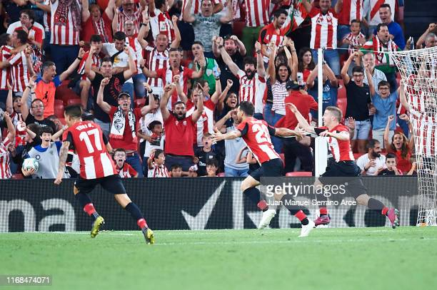 Aritz Aduriz of Athletic Club celebrates after scoring the first goal of Athletic Club during the Liga match between Athletic Club and FC Barcelona...