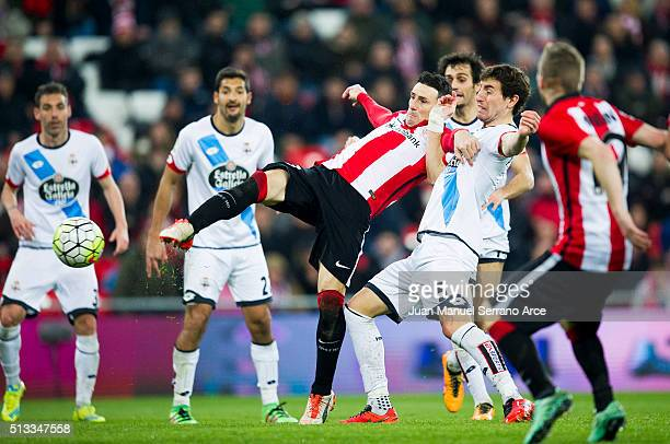 Aritz Aduriz of Athletic Club scores his team's fourth goal during the La Liga match between Athletic Club Bilbao and RC Deportivo La Coruna at San...