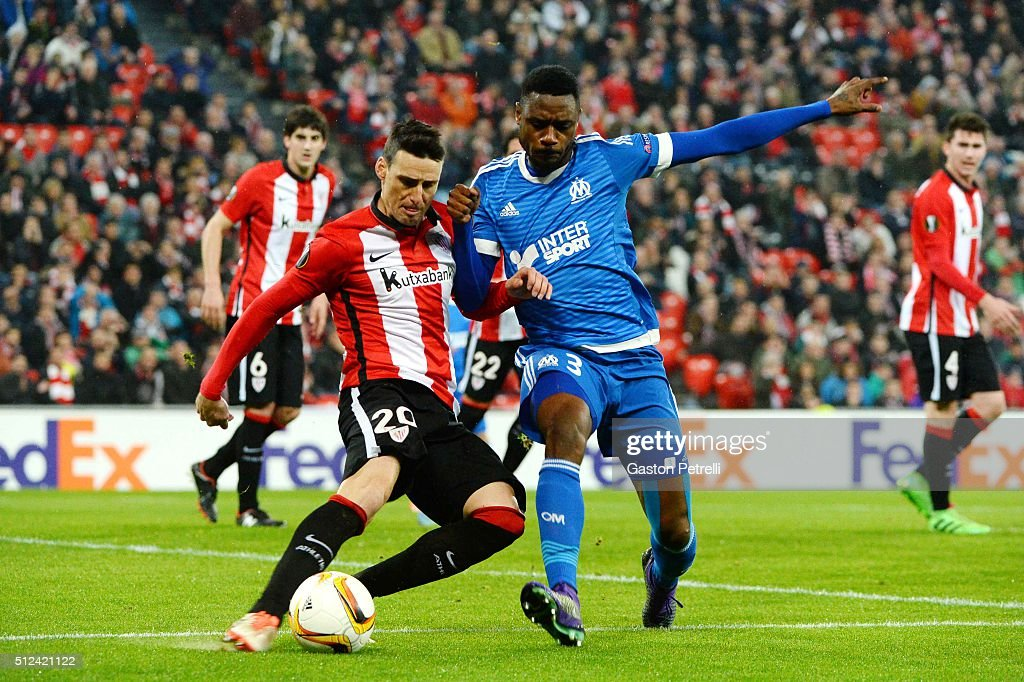 Aritz Aduriz of Bilbao and Nicolas Nkoulou of Marseille during the UEFA Europa League Round of 32, Second Leg match between Athletic Bilbao v Marseille at the Stade San Mames on February 25, 2016 in Bilbao, Spain.