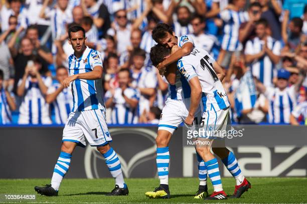 Aritz Elustondo celebrates after scoring his sides first goal during the match between Real Sociedad against FC Barcelona at Anoeta Stadium in San...