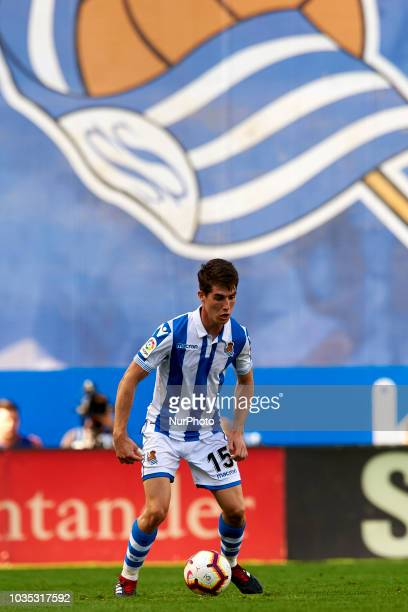 Aritz Elustondo controls the ball during the match between Real Sociedad against FC Barcelona at Anoeta Stadium in San Sebastian Spain on September...