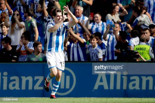 Aritz Elustondo of Real Sociedad celebrates during the La Liga Santander match between Real Sociedad v FC Barcelona at the Estadio Anoeta on...