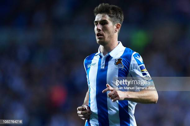 Aritz Elustondo of Real Sociedad looks on during the La Liga match between Real Sociedad and Girona FC at Estadio Anoeta on October 22 2018 in San...