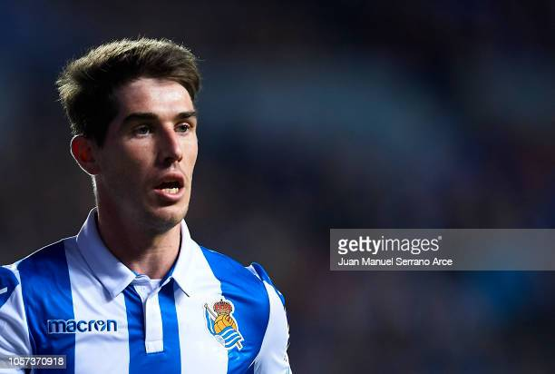 Aritz Elustondo of Real Sociedad reacts during the La Liga match between Real Sociedad and Sevilla FC at Estadio Anoeta on November 4 2018 in San...