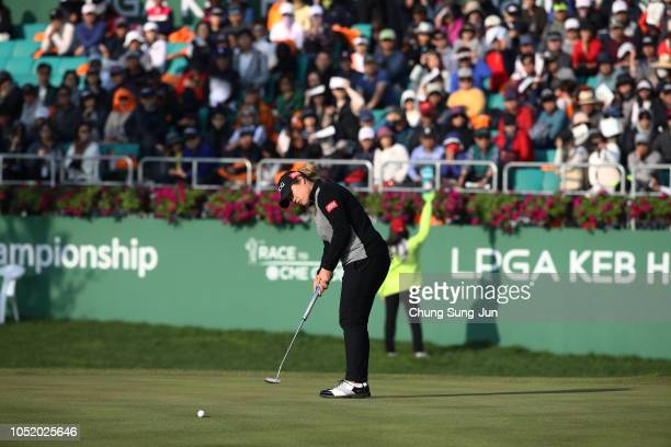 Ariya Jutanugarn of Thailand plays a putt on the 18th green during the third round of the LPGA KEB Hana Bank Championship at Sky 72 Golf Club on...