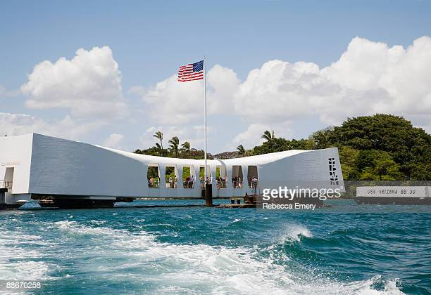 uss arizona, arizona memorial, national monument - uss arizona stock photos and pictures