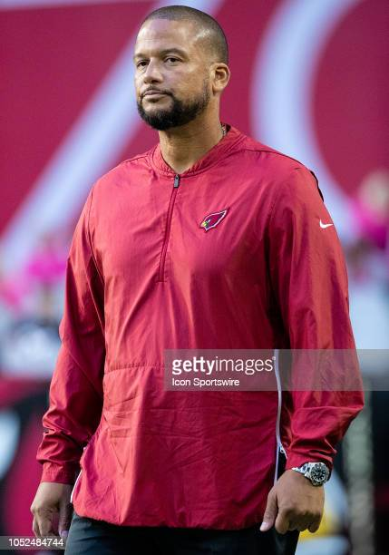 Arizona Cardinals Defensive Coordinator Al Holcomb stands on the sideline during NFL football game between the Arizona Cardinals and the Denver...