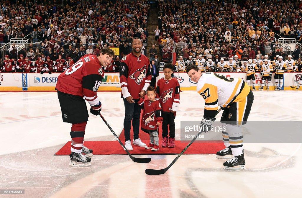 Pittsburgh Penguins v Arizona Coyotes : Nachrichtenfoto