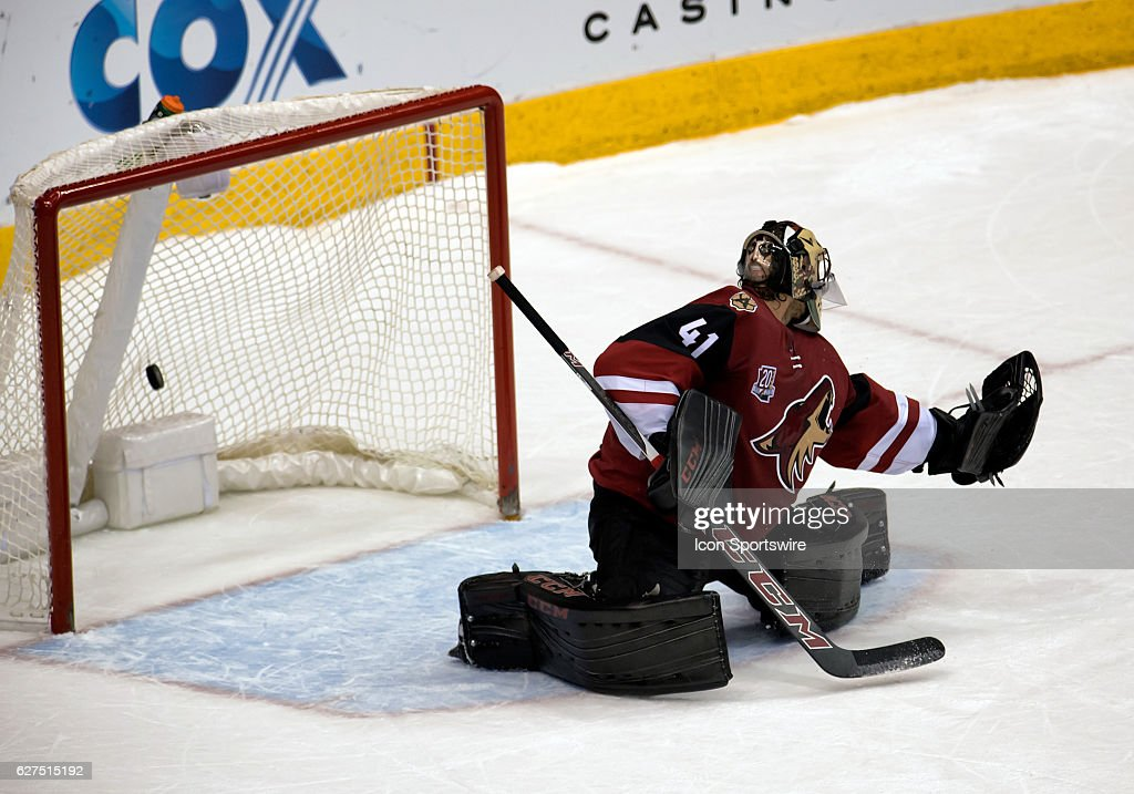 Arizona Coyotes goalie Mike Smith (41) blows the save on the final goal of the NHL hockey game between the Columbus Blue Jackets and the Arizona Coyotes on December 3, 2016, at Gila River Arena in Glendale, AZ. The Blue Jackets defeated the Coyotes 3-2 in overtime.