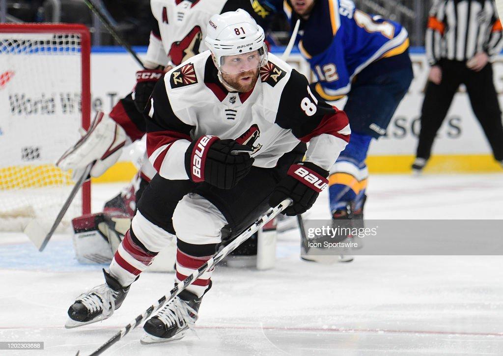 NHL: FEB 20 Coyotes at Blues : News Photo
