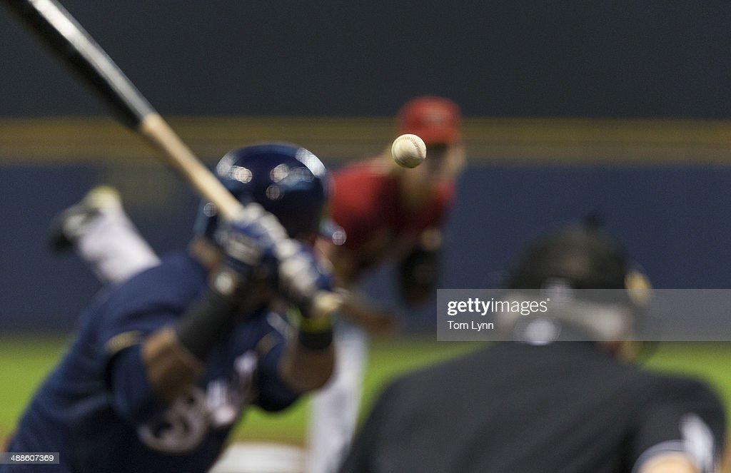 Arizona Diamondbacks Bronson Arroyo #61 pitches to Jean Segura #9 of the Milwaukee Brewers at Miller Park on May 7, 2014 in Milwaukee, Wisconsin.