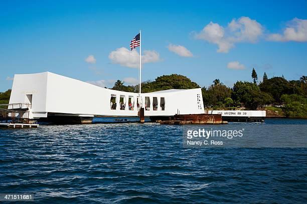 uss arizona memorial, pearl harbor, hawaii - pearl harbor stock pictures, royalty-free photos & images