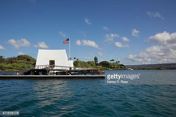 uss arizona memorial, pearl harbor, hawaii - uss arizona memorial stock photos and pictures