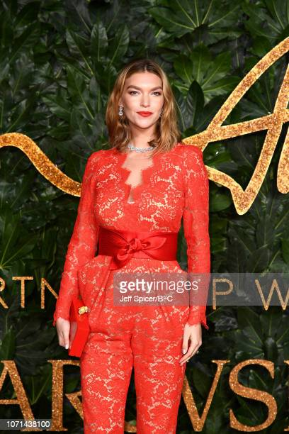 Arizona Muse arrives at The Fashion Awards 2018 In Partnership With Swarovski at Royal Albert Hall on December 10 2018 in London England