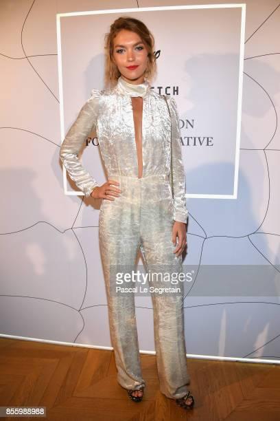 Arizona Muse attends the Buro 24/7 X Farfetch Fashion Forward Initiative as part of the Paris Fashion Week Womenswear Spring/Summer 2018 at Hotel...