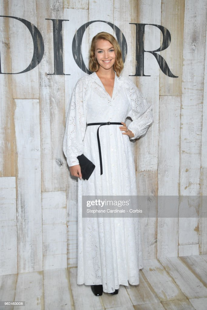 Arizona Muse attends the Christian Dior Couture S/S19 Cruise Collection on May 25, 2018 in Chantilly, France.